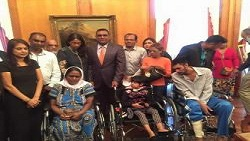 Distribution of wheelchairs - Port-Louis